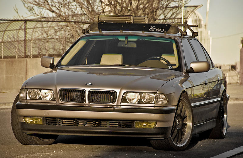 Slammed BMW 740il E38 Roofrack By Dophineh
