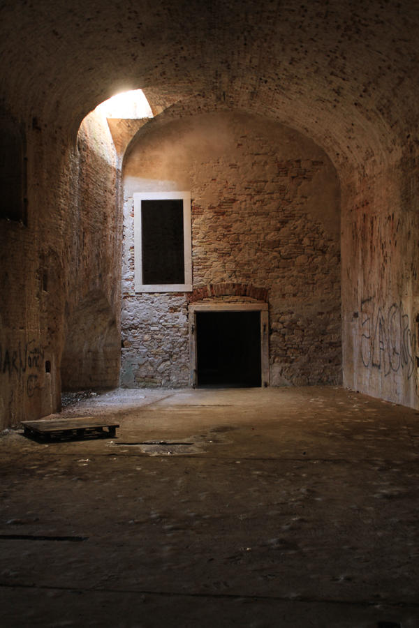 Stock9 - Inside fortress by urbania13