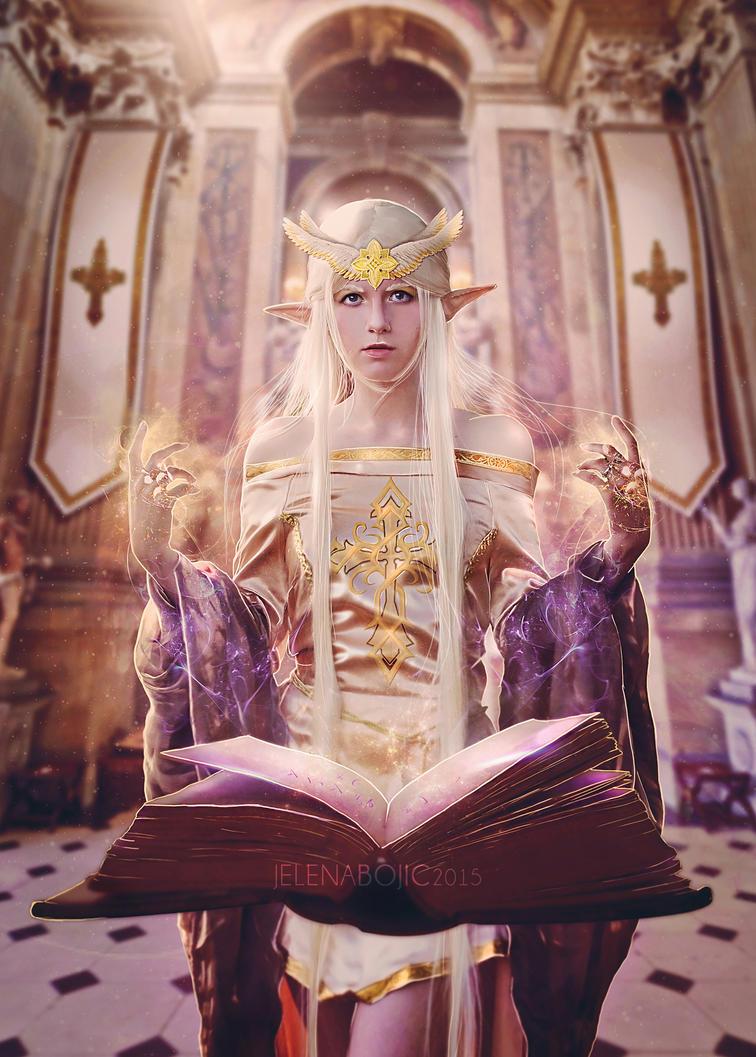 The Priestess by urbania13