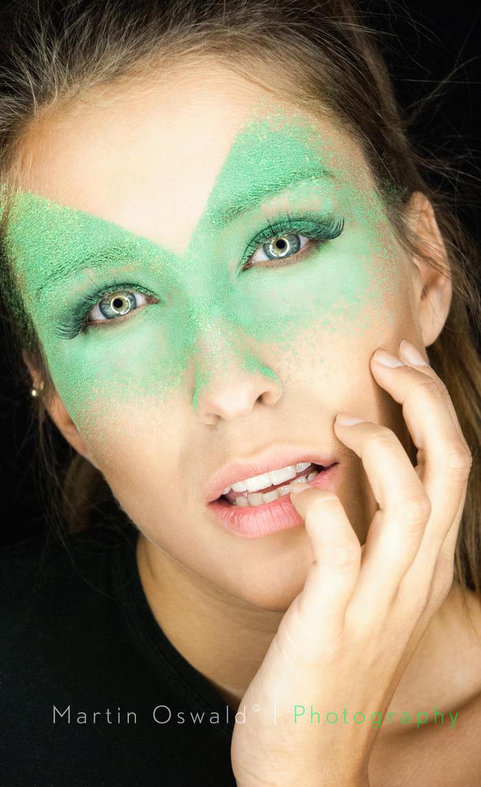Verde tinta by ArtcoreAtticus