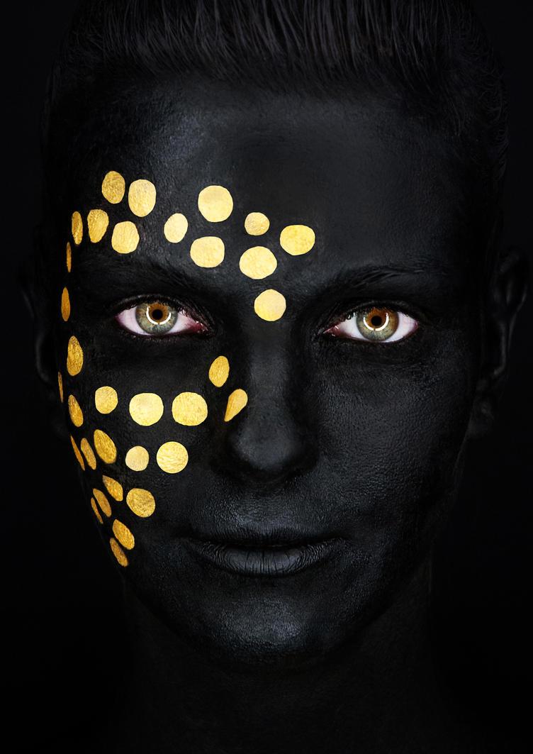 Little dots by ArtcoreAtticus