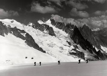Massif de Mont Blanc by Austinii