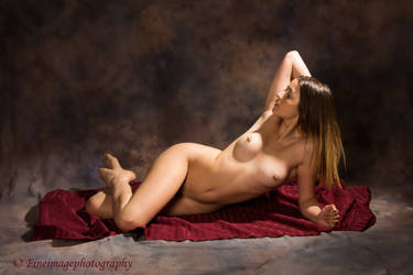 Recling Figure by fineimagephotography