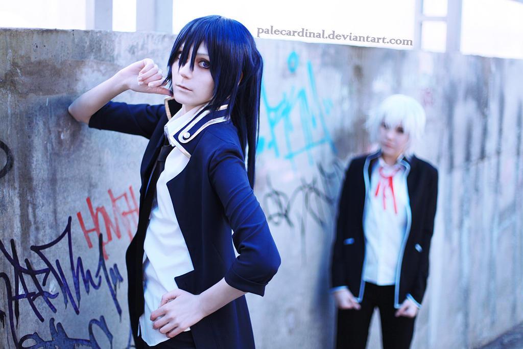 K Project: Kuroh x Shiro cosplay by palecardinal