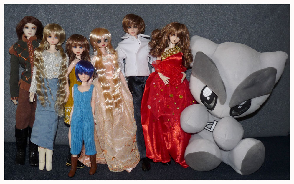 Dreamstone's Family (featuring Fella) + Meet my 1/6 Ladies The_one_sixth_Universe_by_dreamstone