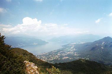 Lago Maggiore by kearone