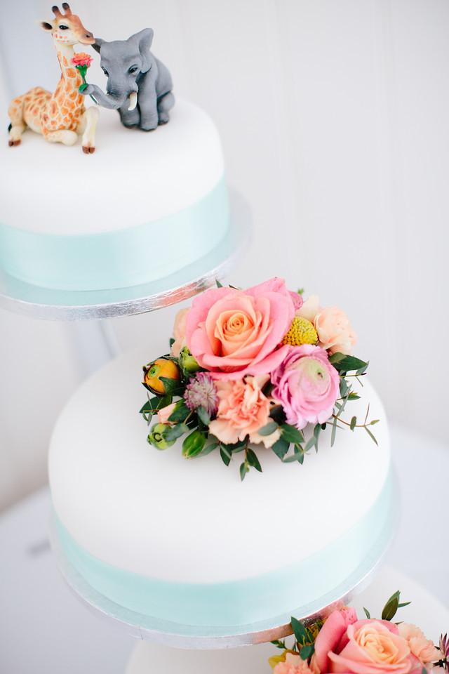Elephant and Giraffe Wedding Cake Topper by gummiberri