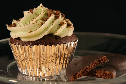 Thin Mint Cuppycakes by Deathbypuddle