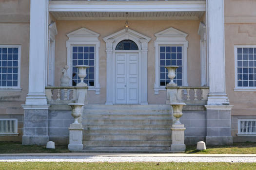 Hampton Mansion 02