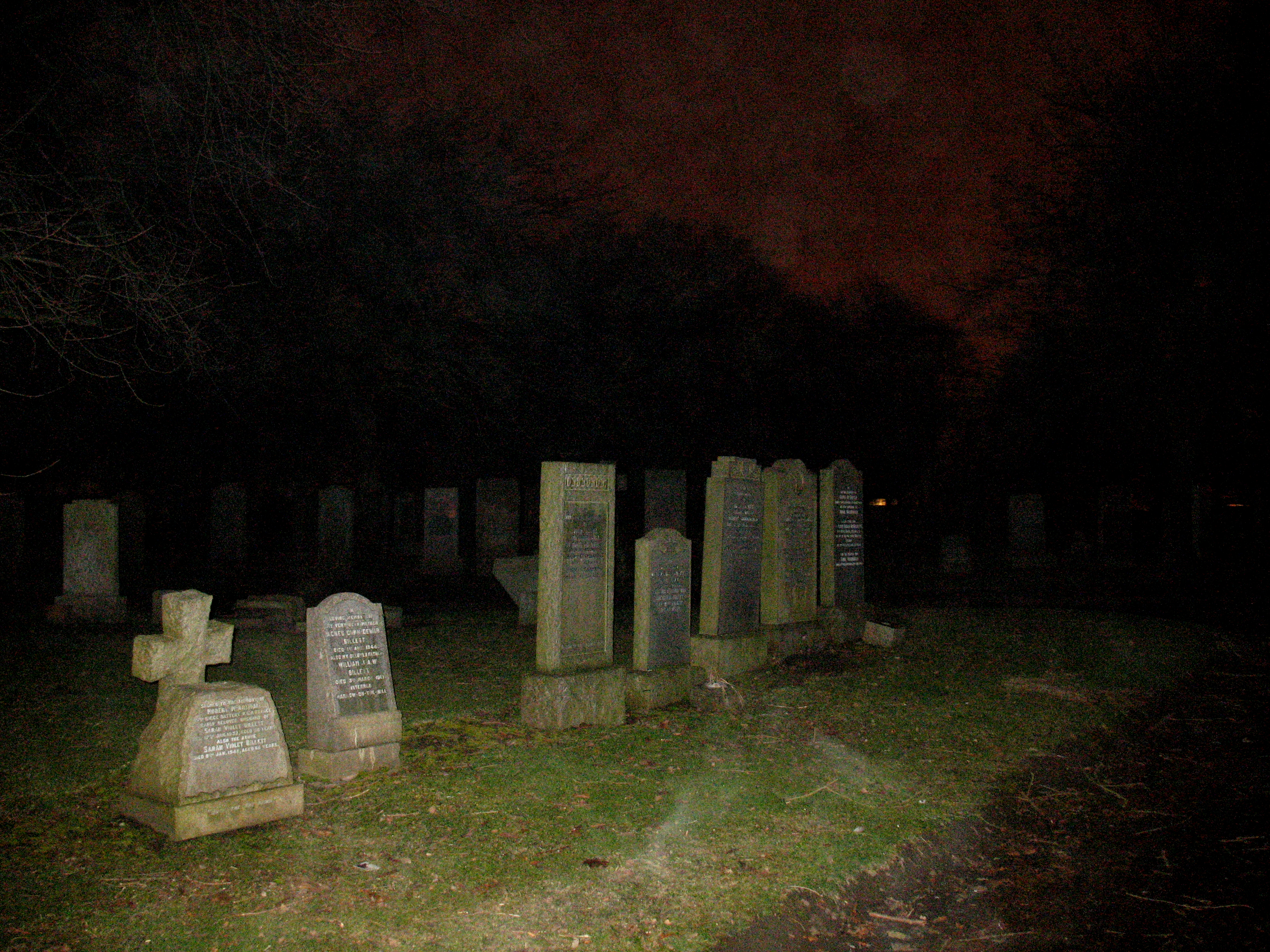 cemetery wallpaper night - photo #11