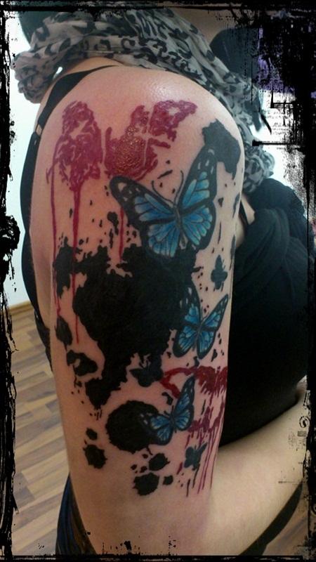 Women Shoulder Butterfly Tattoo
