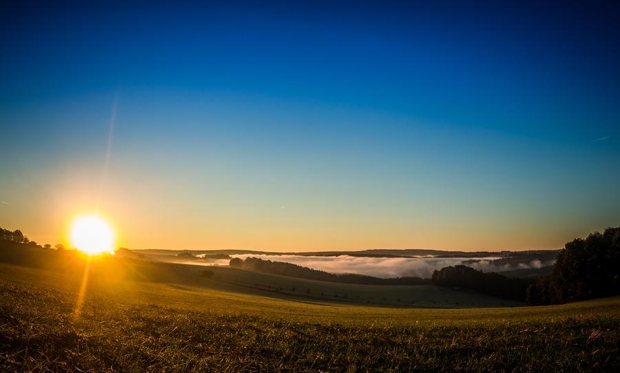 Friday morning sunrise by DanielGliese