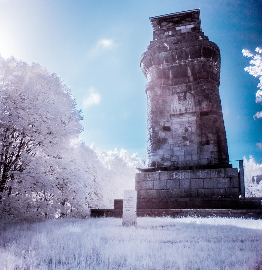 IR - The old watchtower by DanielGliese