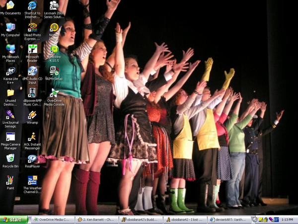 Urinetown desktop by XantheDaemon