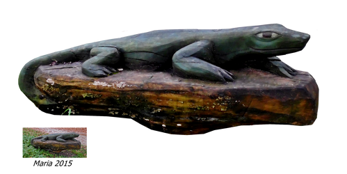 Wood sculpture salamander