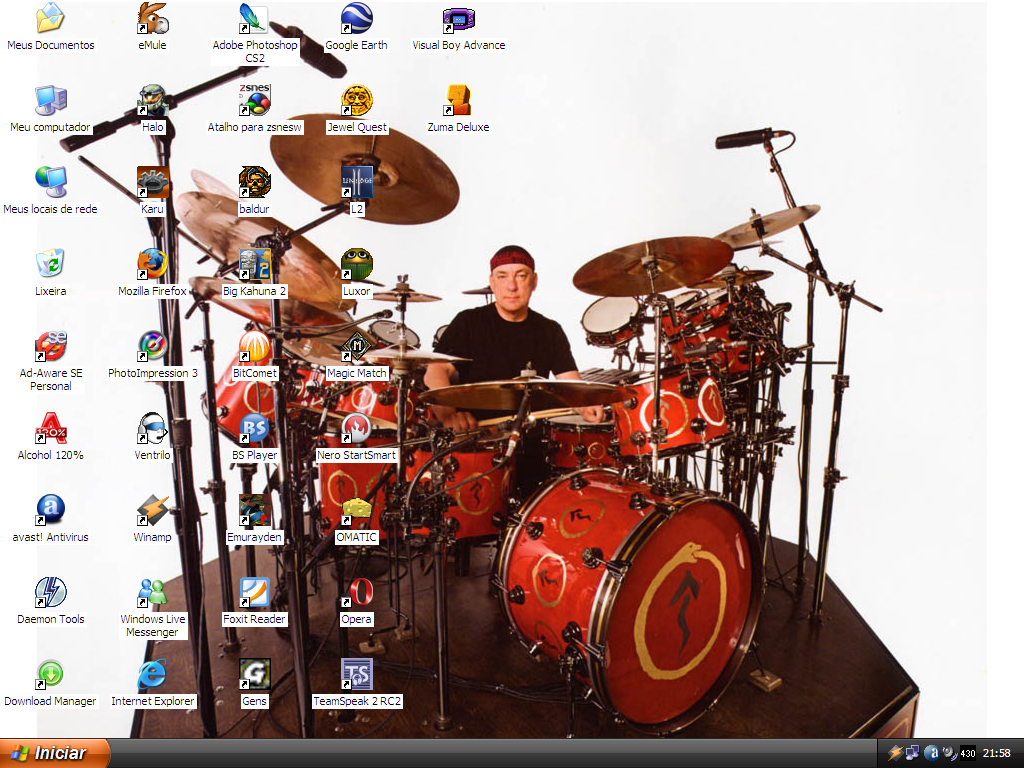 Neil Peart and his DrumKit by MarceloGaguinho