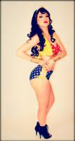 Wonder Woman Vintage Pin-Up Version
