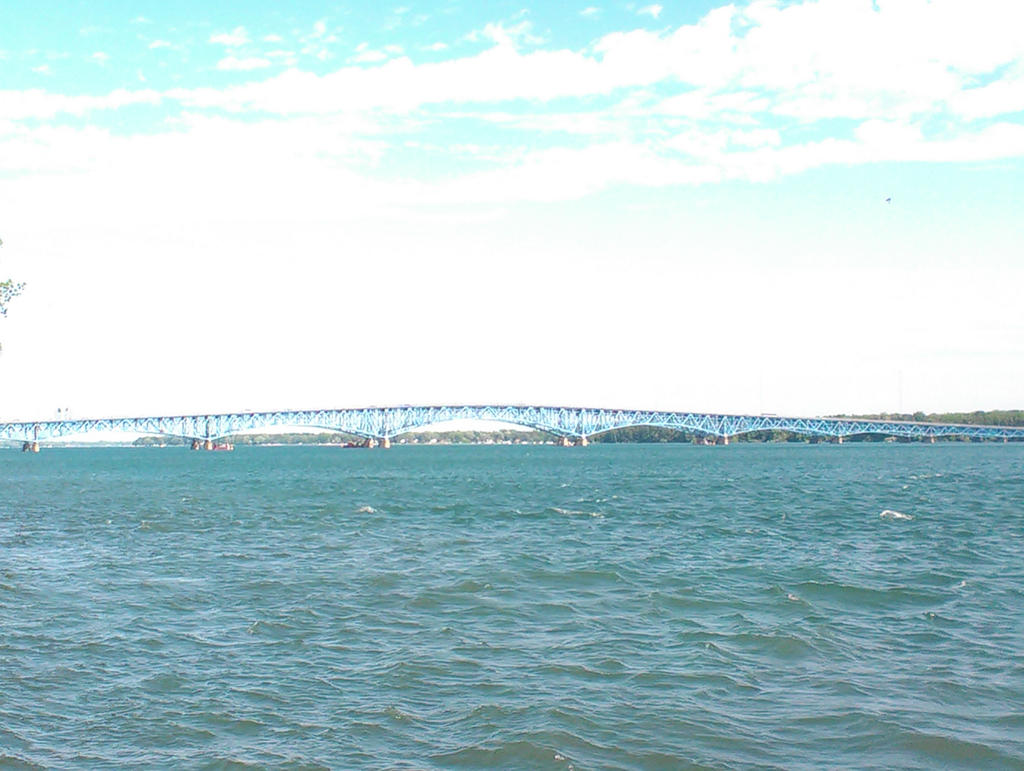 Niagara river with the North Grand island bridge by Android-shooter