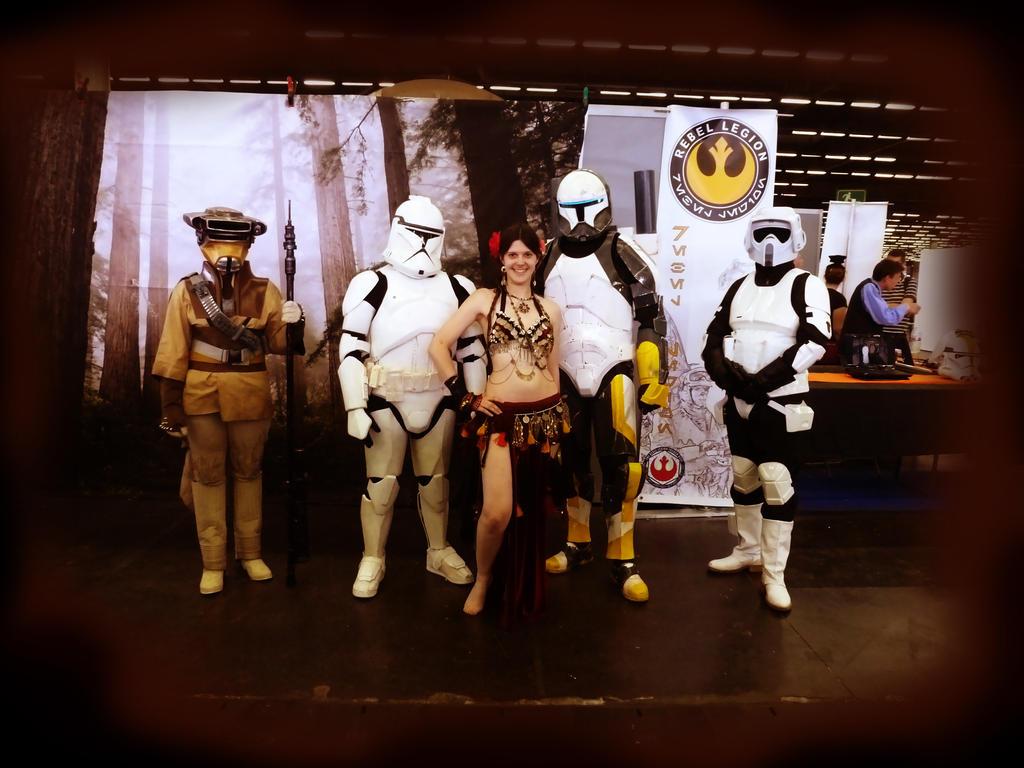Comic Con Paris 2012 [4/10] by LadyAzurFromAlkemya