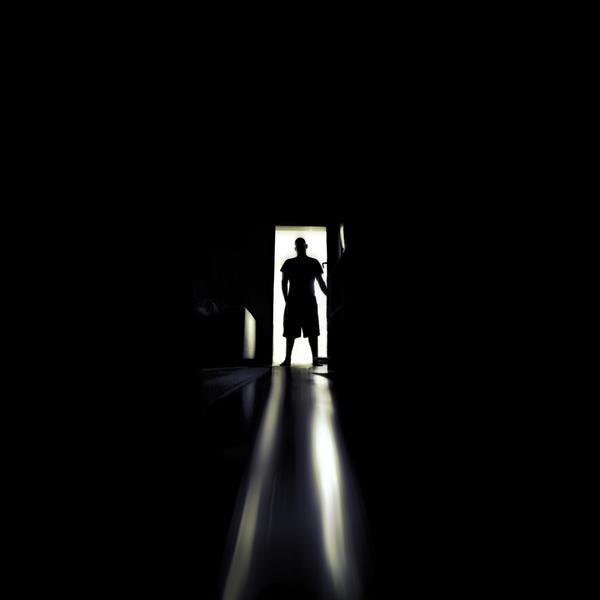 Fear the dark. by LovesTheMuffin