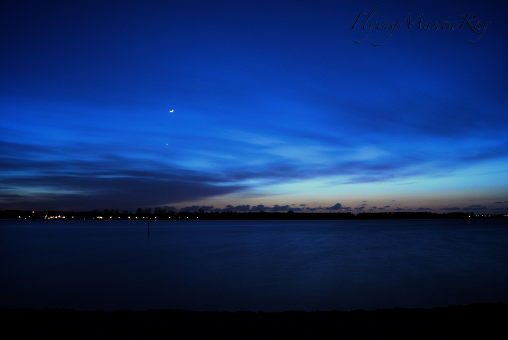 Nightfall over the lake by FlyingMantaRay