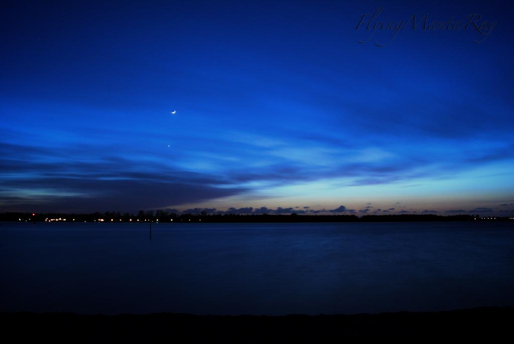 Nightfall over the lake by FlyingMantaRay