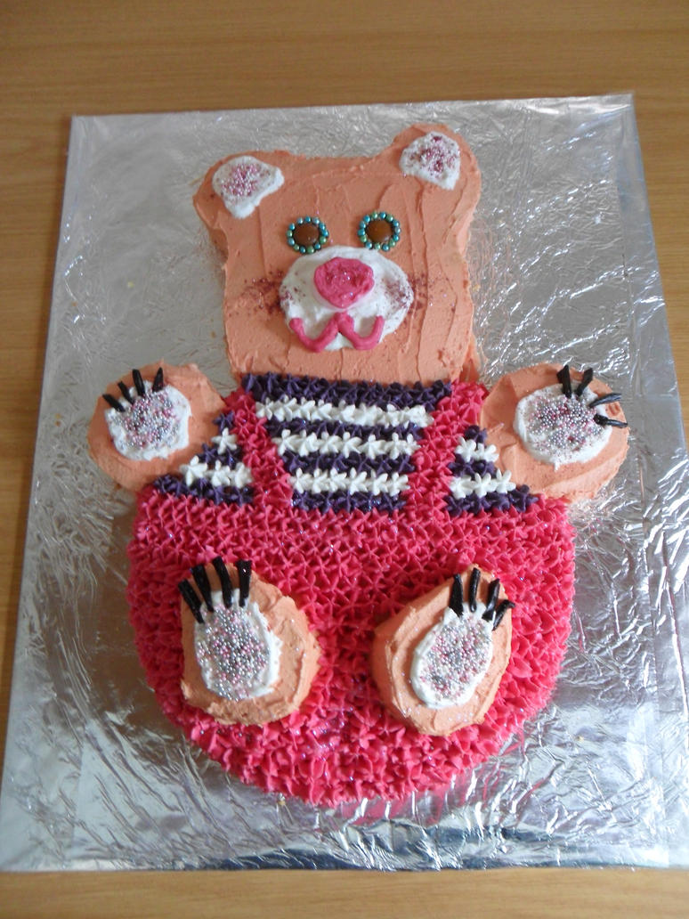 Robert Teddy Cake Artist : Teddy Cake by HendrinaM on deviantART