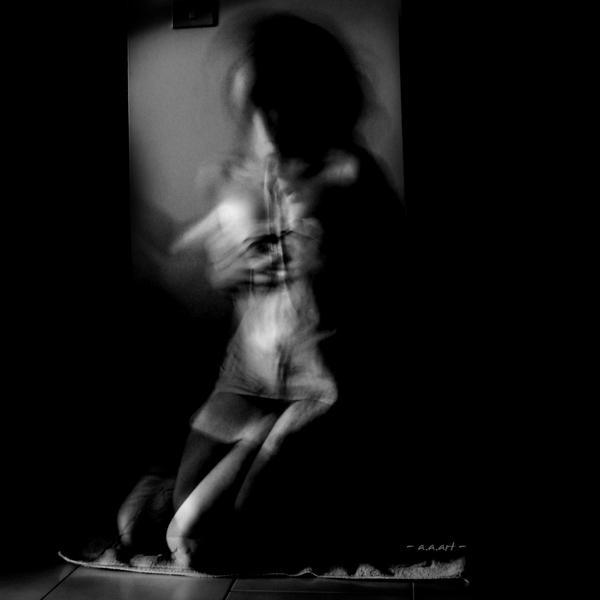 let me in by AlmAArietis