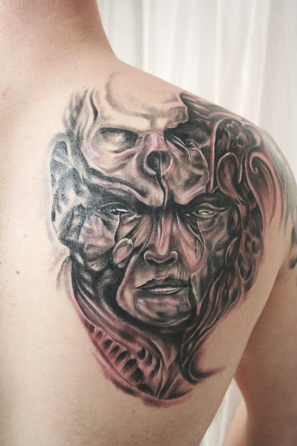 Face skull biomechanic tattoo by 2face tattoo on deviantart for Two faced tattoo