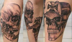 Tattoo Skulls leg