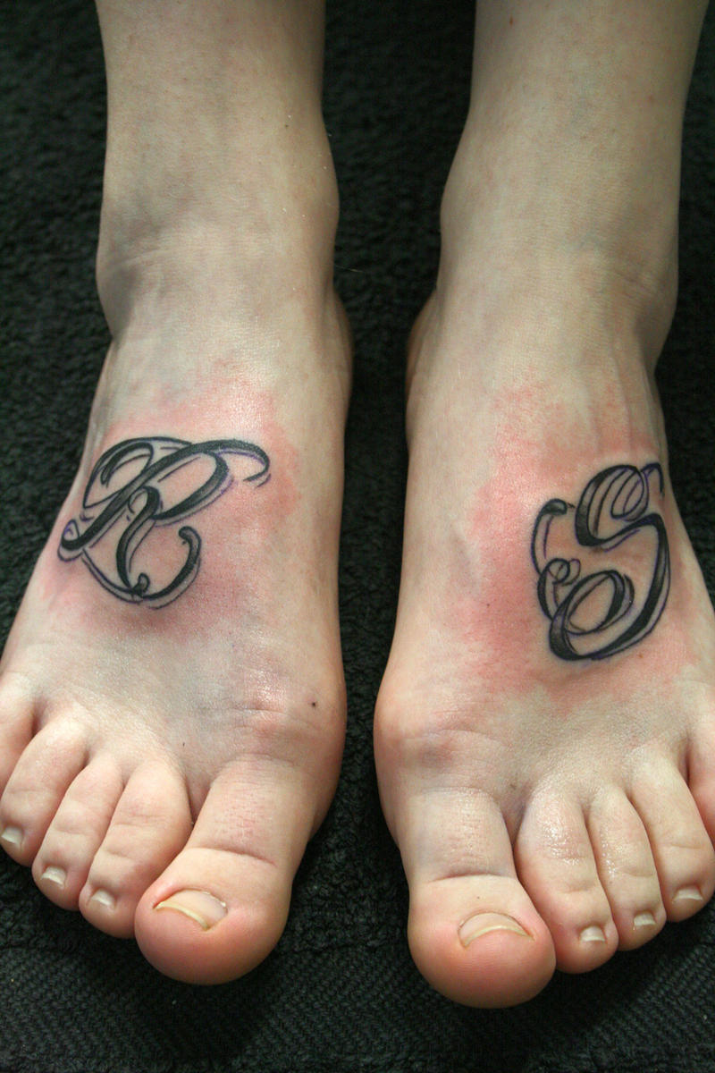 Letter chicano style r s by 2face tattoo on deviantart for Letter r tattoo