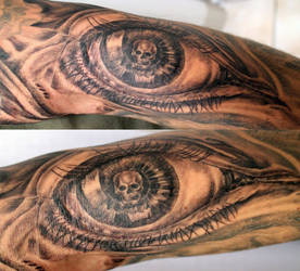 Big Eye Skull look Tattoo by 2Face-Tattoo