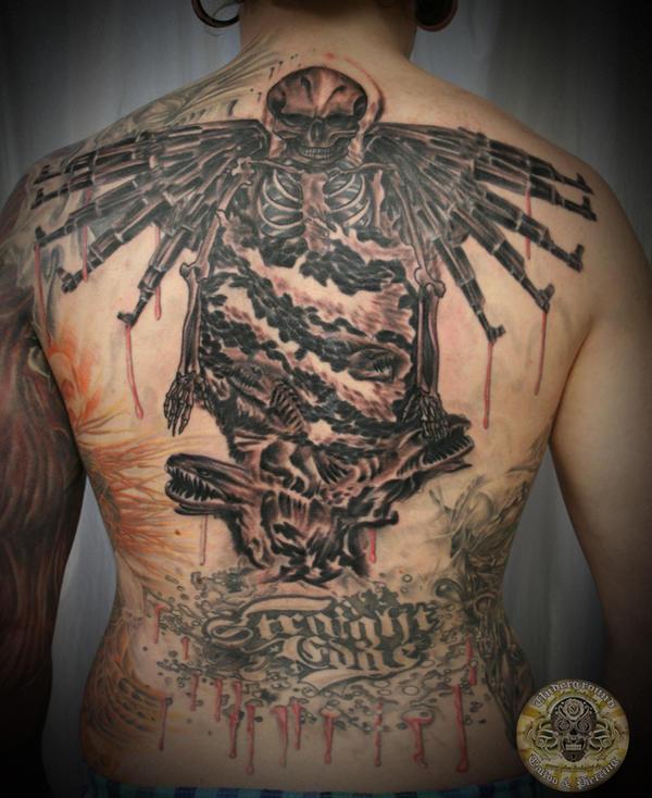 Back Skull gun swirl fish bg by 2Face-Tattoo