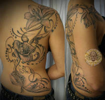 Flower back Lily final by 2Face-Tattoo