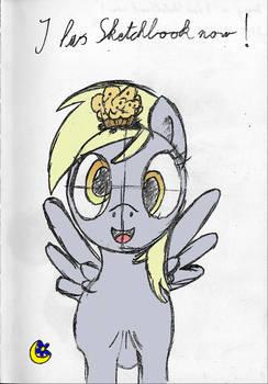 Derpy in ''I has Sketchbook now!'' (coloured)