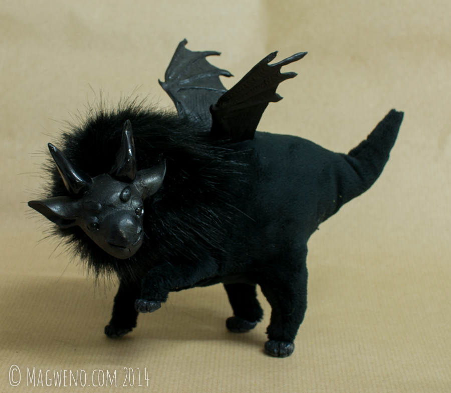 Obsidian Plumpkin by Magweno