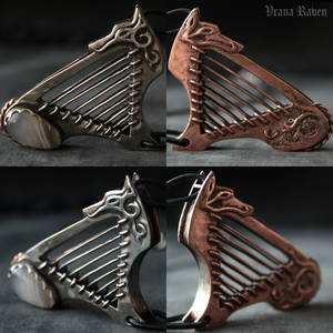 Wolf harp in details