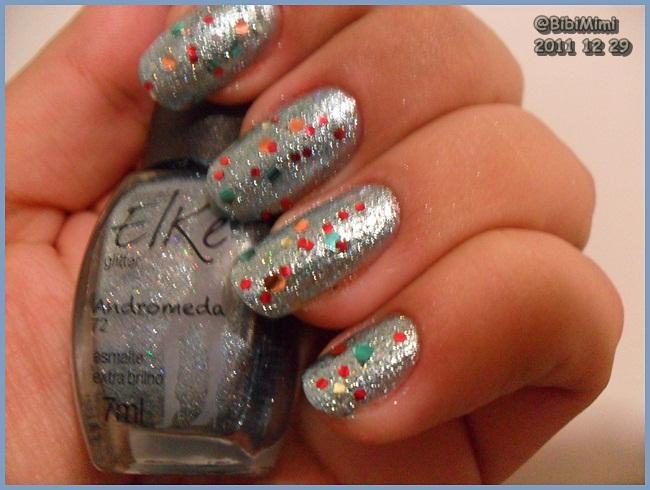 Nail arts Reveillon_2011_nailsssss_by_nefertiti1-d4ksxf0