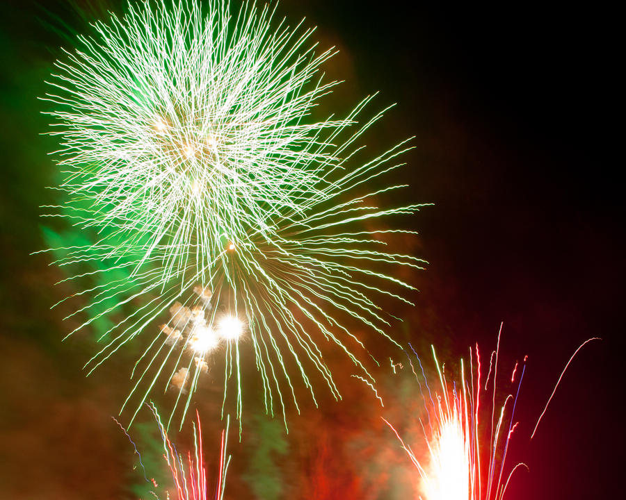 Fireworks 2 by crispynoodle