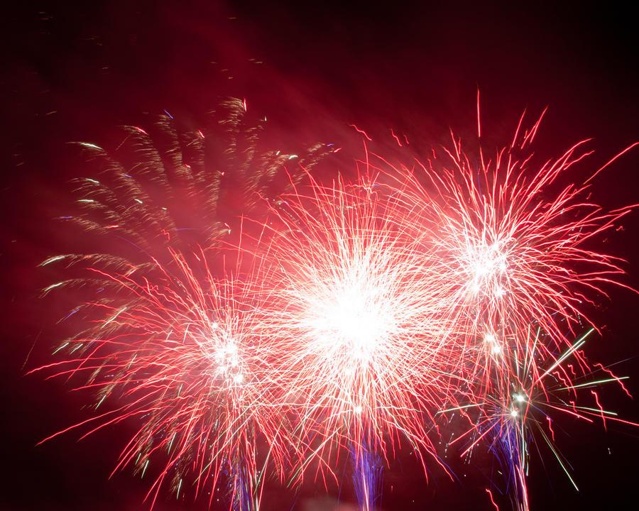 Fireworks 5 by crispynoodle