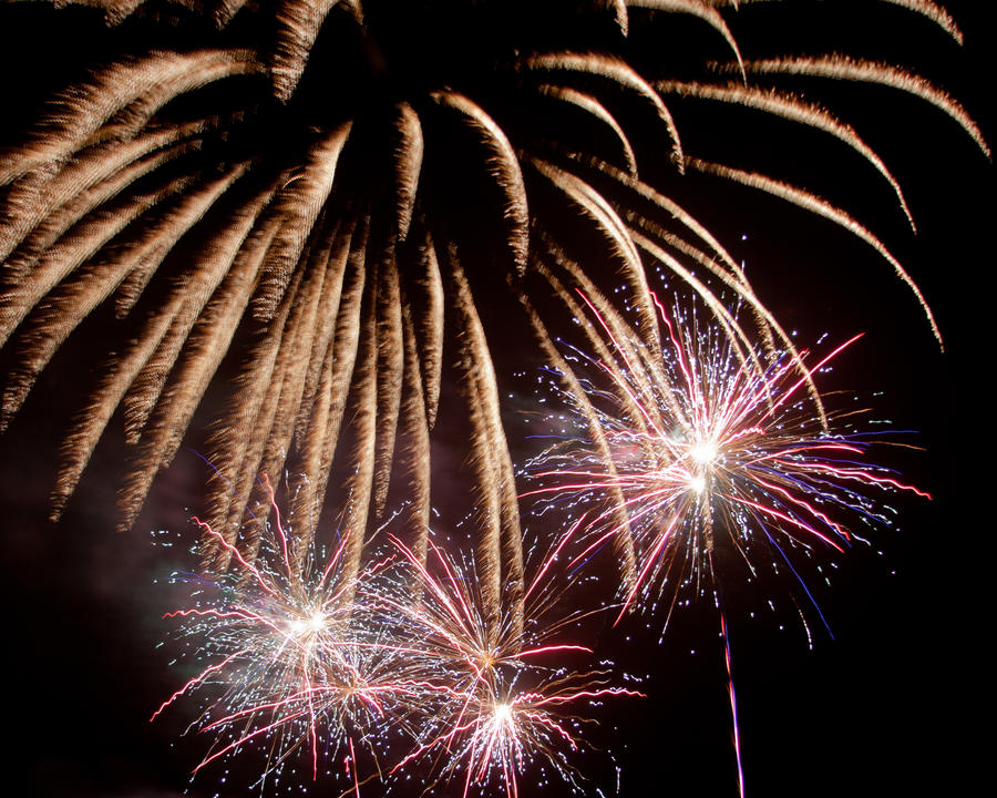 Fireworks 9 by crispynoodle