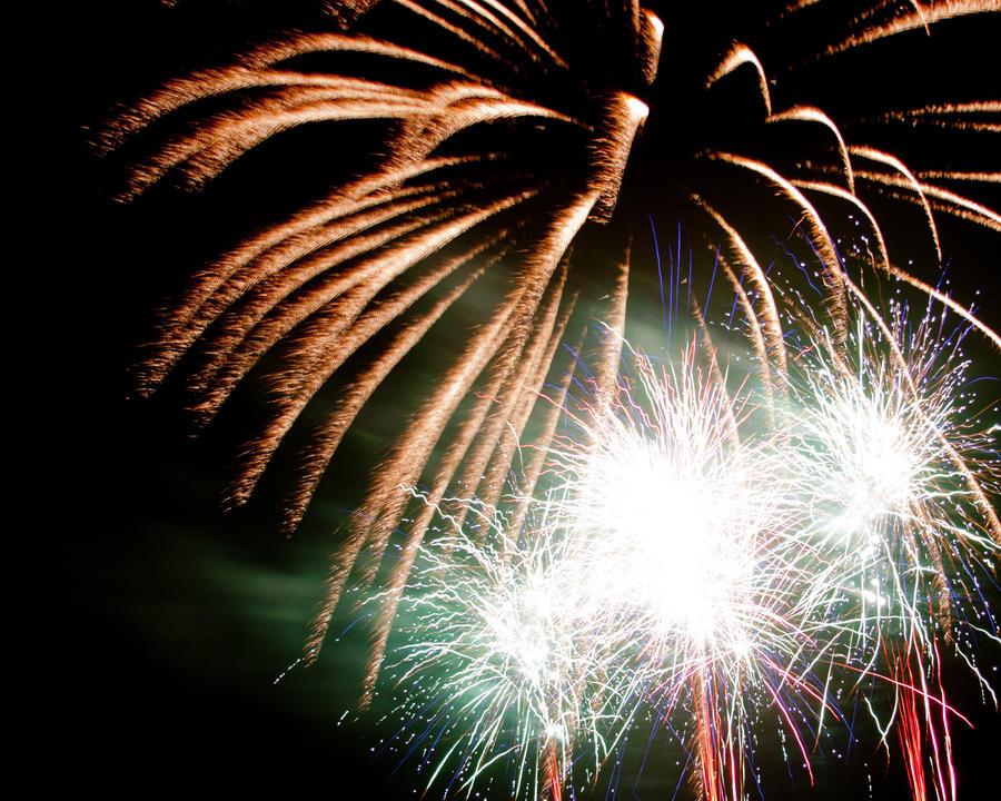 Fireworks 10 by crispynoodle