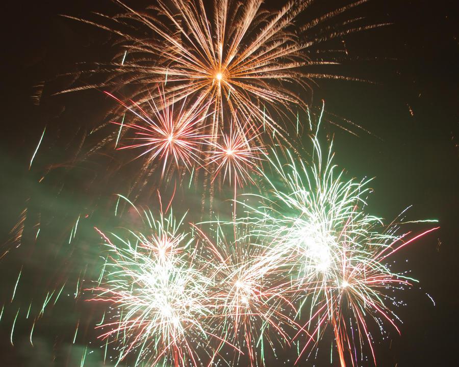 Fireworks 11 by crispynoodle