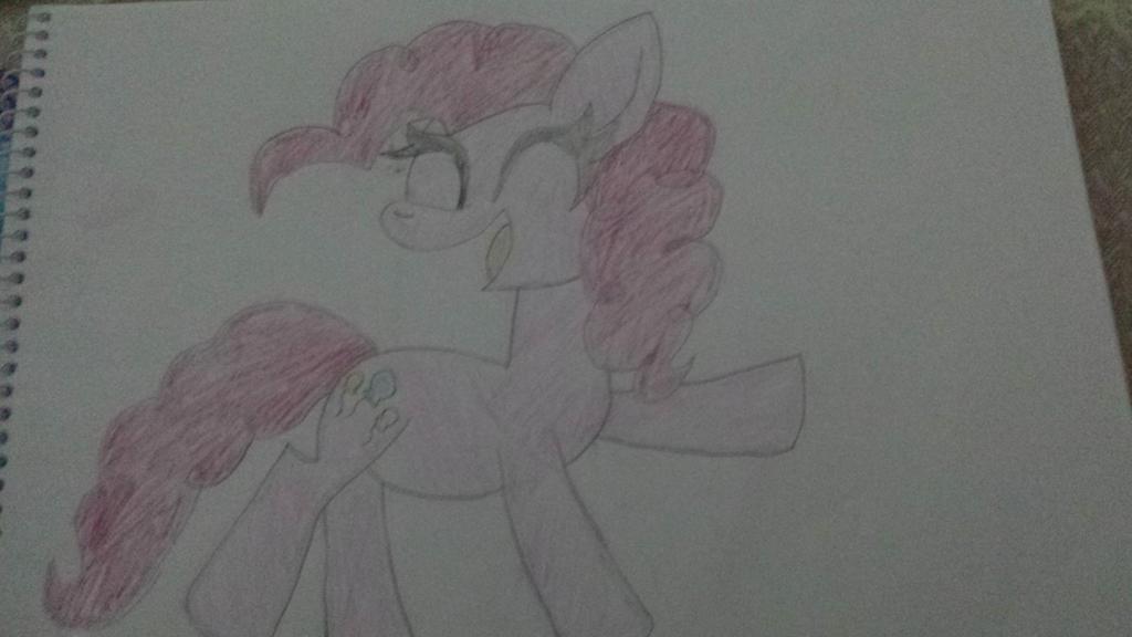 Pinkie Pie by xXkerrysweetXx
