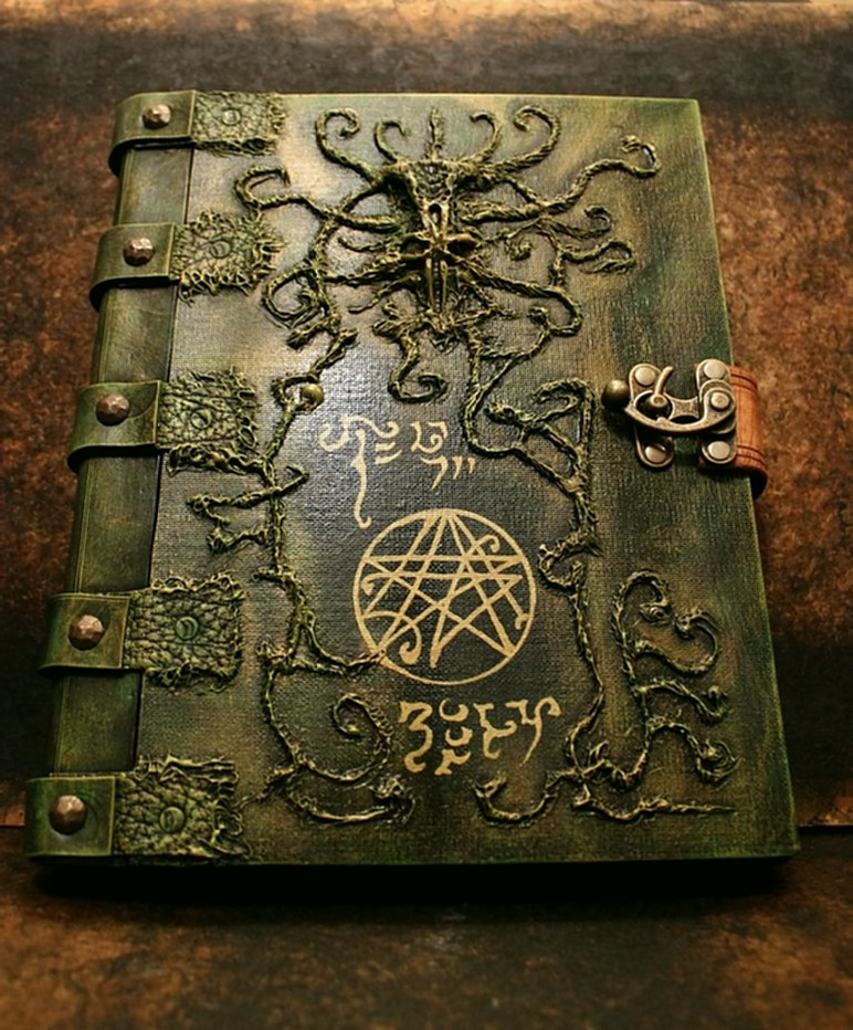 Wiccan Journals & Spell Books