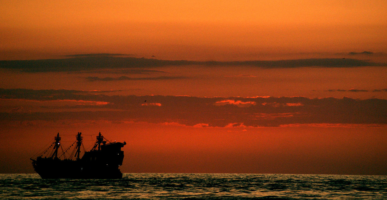 Pirate Ship Wallpaper Sunset Pirate Ship at Sunset by