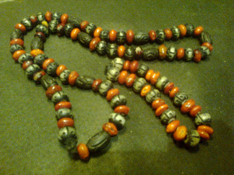 Huayruro necklace and bracelet