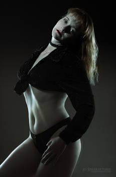 Judit in black