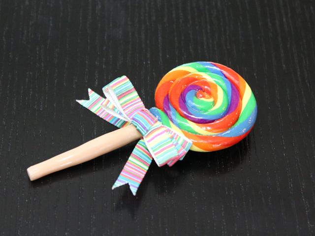 Lollipop brooch by TheHeartofJapan