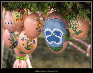 Easter Greetings by SilivrenTinu